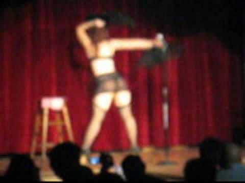 Annie Cherry at Cabaret DeLuxe