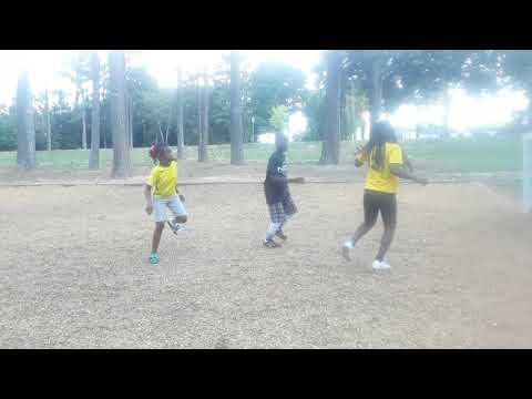 YAMOTO DANCERS( CHAMPION BY TRIPLETS GHETTO KIDS) thumbnail