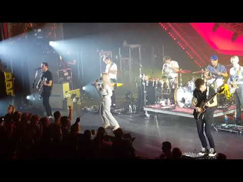 """Paramore: """"That's What You Get""""  - Live in Jacksonville, FL at Moran Theatre on 9/6/2017"""