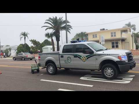 Florida Fish And Wildlife Conservation Officer Protects Churchgoers From Traffic