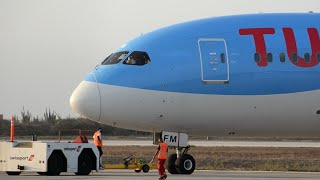 AMAZING SOUND & CLOSE UP!! TUI Boeing 787-8 Pushback & Takeoff from Curacao