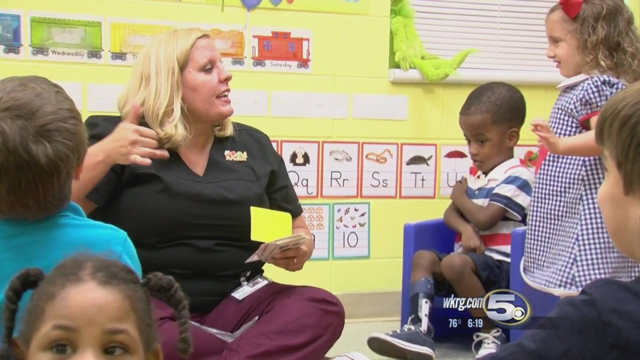Whats Working Preschool Caters To Special Needs Students Youtube