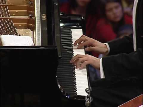 Yundi Li - Chopin Piano Concerto No.1 in E minor, Op.11(fixed-camera postion, HQ)