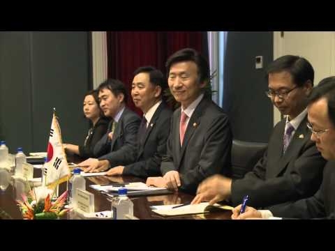 Fijian Minister for Foreign Affairs meets his South Korean counterpart