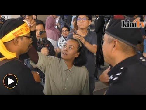 Polis arah penyokong Najib buka lilit kepala 'henti salahguna AMLA'