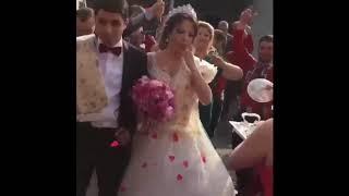 Свекровь встречает молодоженов / Большая и веселая армянская свадьба