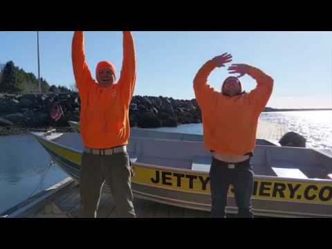 A Guide To Crabbing On The Oregon Coast- Jetty Fishery