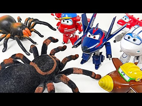 Thumbnail: Go Super Wings 2! Lion Guard save by defeating Giant Tarantula corps! - DuDuPopTOY