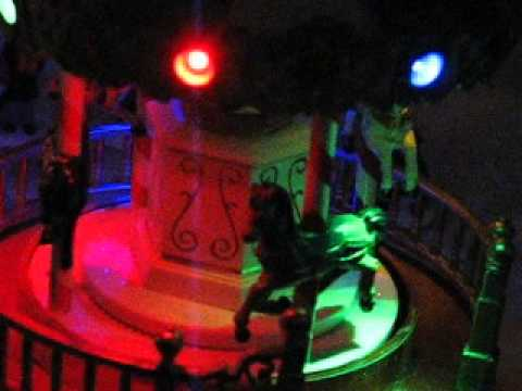 Christmas village carousel [ooottafagvsh]