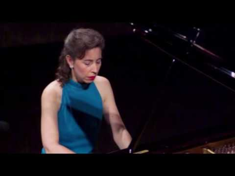 Angela Hewitt plays Bach (1985 Debut) - English Suite No. 6 in D minor, BWV 811 -  [Part 3/3]