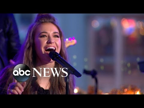 Lauren Daigle Performs Trust in You  on GMA