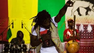 "Elie Kamano "" Plus Jamais ça ! "" Live - Maison du Peuple - Ougadougou, Burkina-faso"