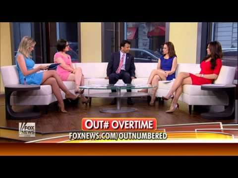 Julie Roginsky & Sandra Smith & Andrea Tantaros & Lisa Kennedy hot legs - Outnumbered - 07/29/15