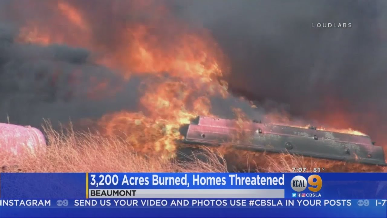 Wildfire in Calimesa, California, races through mobile home park