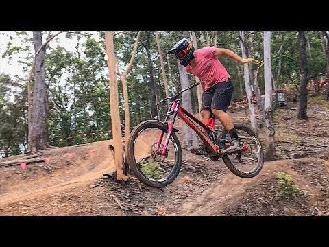 Downhill Runs in the Rain! Boomerang Farm DH Park
