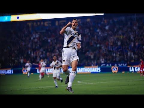 4594c1a96 Alexander: Galaxy's teen midfielder Efraín Álvarez impresses his elders –  Website of Everything – Original