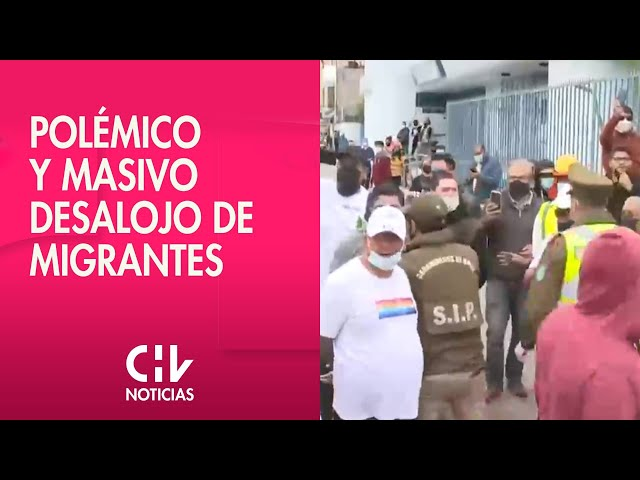 Entre enfrentamientos: Carabineros desalojó a inmigrantes de la Plaza Brasil de Iquique