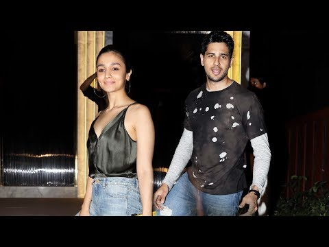 Thumbnail: Sidharth Malhotra & Alia Bhatt Together At Gauri Khan's Restaurant Launch