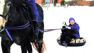 ОТДЫХ ПО РУССКИ ЗИМОЙ В ДЕРЕВНЕ НА ЛОШАДИ!!rest in Russian in the village with a horse