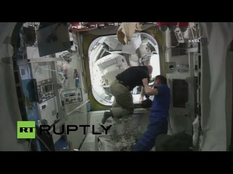 LIVE: Expedition 46 astronauts conduct first spacewalk of the new year