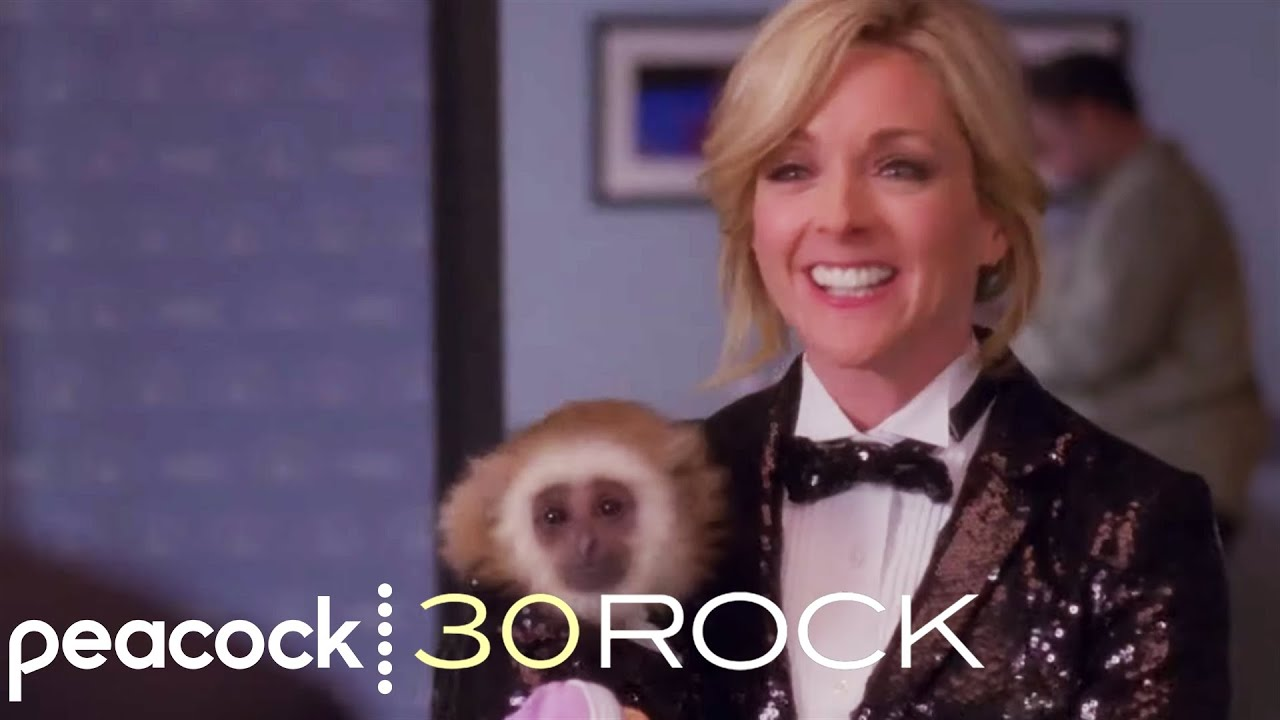Jenna Maroney Adopts a Gibbon - 30 Rock