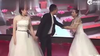 Девушка явилась на свадьбу к бывшему жениху и устроила скандал