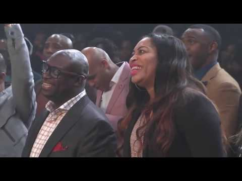Tasha Cobbs Praise Break w/ Kierra Sheard 2016!