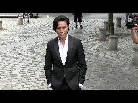 Chen Kun at Louis Vuitton Men Fashion Show in Paris