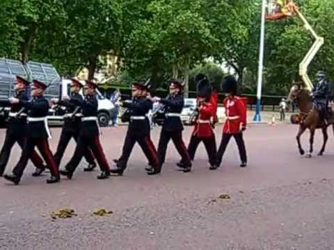 Queen's Guards marching towards Buckingham Palace