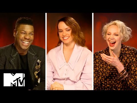 Star Wars: The Last Jedi Cast Reveal FUNNIEST Moments | MTV Movies
