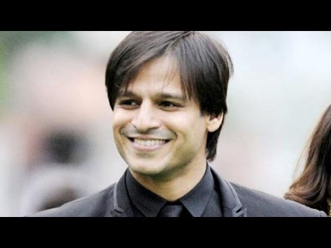 Vivek Oberoi at Kala Ghoda Arts Festival | Bollywood News