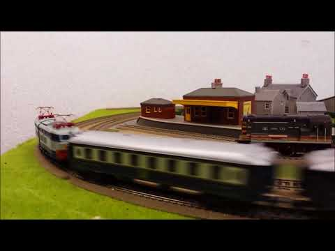 Rare LIMA Orient Express Articulated Loco and 5 Pullman Coaches L44519