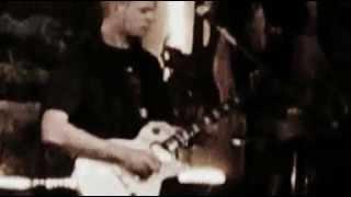 Alitajunnan Salaliitto - Raato (Alice In Chains - Them Bones) + Et voi kahlita mun jokea