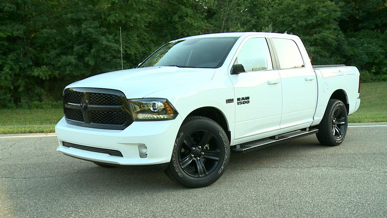 2017 Ram 1500 Crew Cab Night With Mopar Parts Running Footage