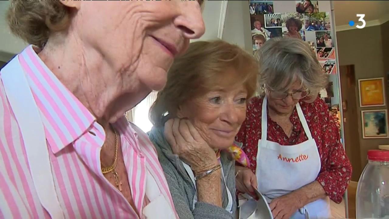 Cinq Sœurs Nordistes Lancent Leur Livre De Recettes Familiales