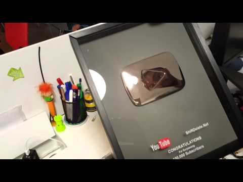 YouTube 100.000 Abone Ödülü Ofisimize Geldi
