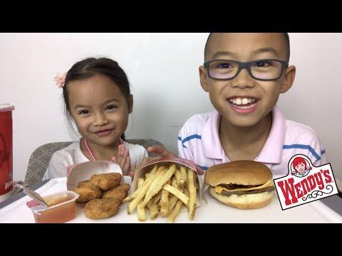 Wendy's JB cheese burger & nuggets | Mukbang | N.E Lets Eat