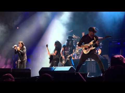 Ozzy Osbourne, Tom Morello and Slash at Voodoo Fest (Halloween 2015) - Iron Man