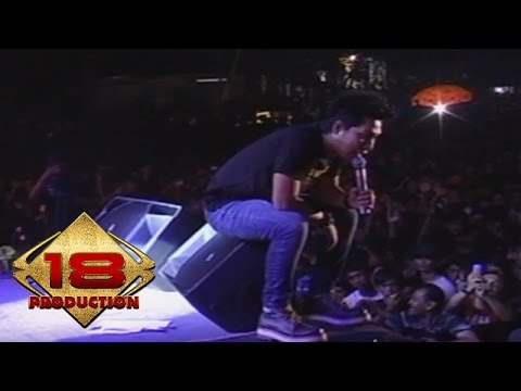 Armada - Buka Hatimu  (Live Konser Sidoarjo 21 September 2013)