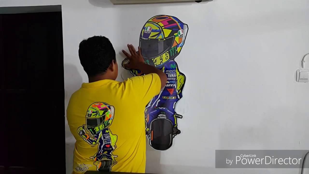 Sticker Dinding Tematik Valentino Rossi