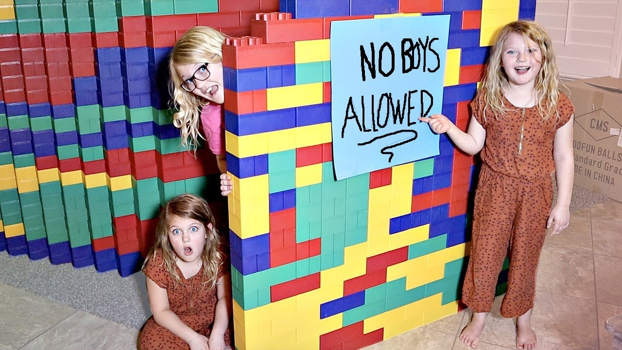 Download GIANT LEGO FORT! No Boys Allowed