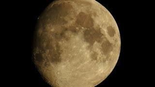 Nikon P900 Zooming Saturn, Jupiter and the Moon!