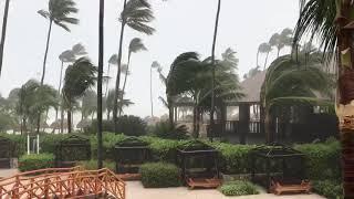 Русские в доминикашке пережили ураган Мария часть 2