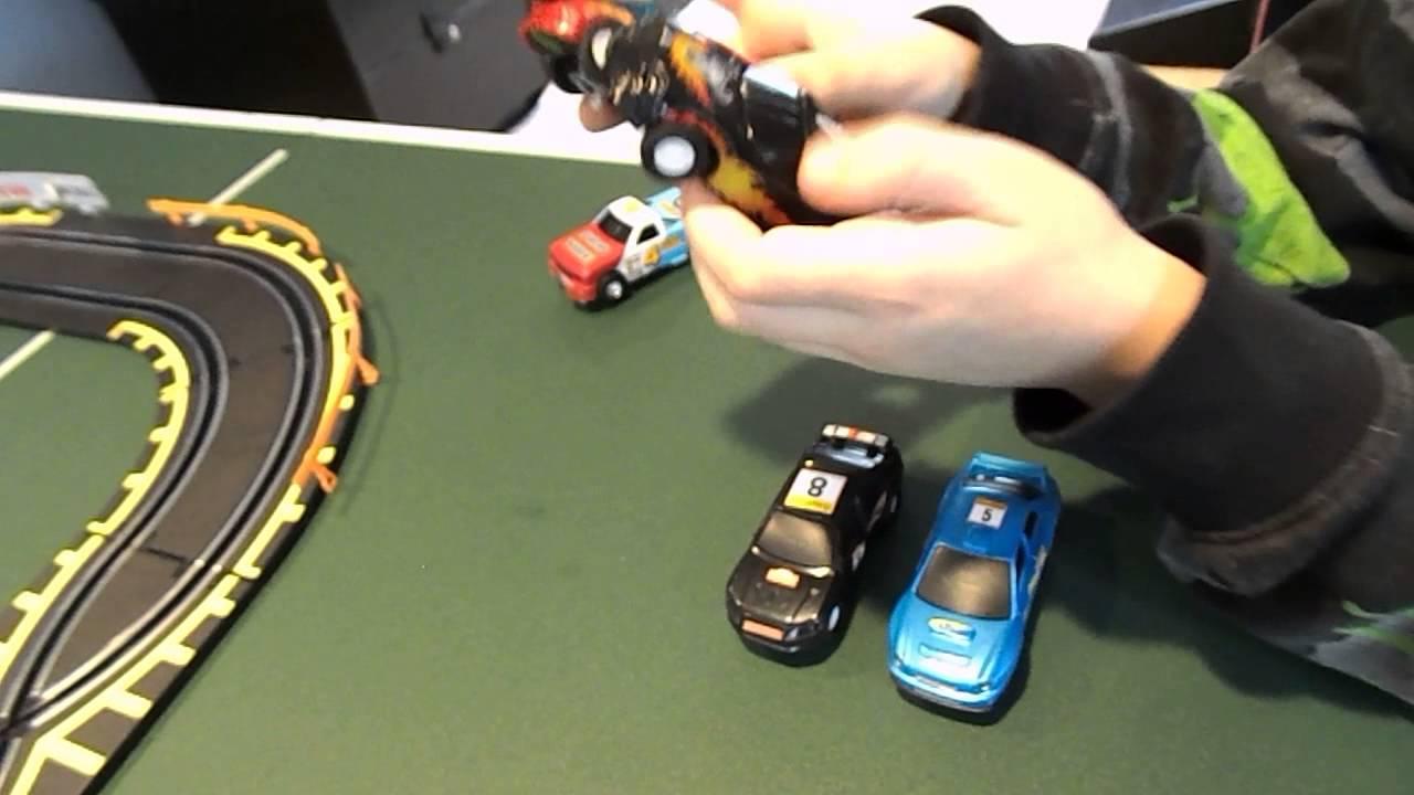 Toys R Us Fastlane Long Bridge Challenge Slot Car Set
