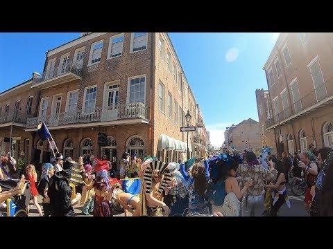 Mardi Gras: Parades, Bourbon, and Beads