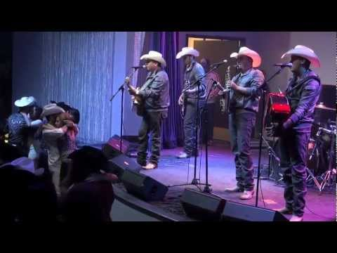 La Maquinaria Nortena en Envy Nightlife 10/30/11
