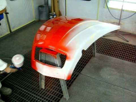 Peinture capot 2cv youtube for Garage de peinture automobile