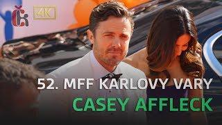 Casey Affleck na červeném koberci na 52. MFF Karlovy Vary