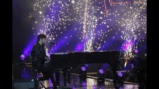 Pablo López recibe el premio a Mejor Canción Nacional por El Patio en los 40 Music Awards