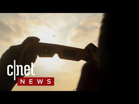 How to spot fake eclipse glasses (CNET News)